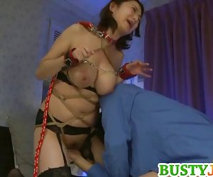 Mio تاکاهاشی هاردکور رابطه جنسی را دوست دارد