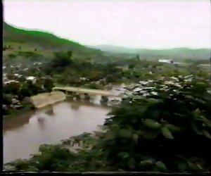 Akha - تپه قبیله بهشت قسمت 2